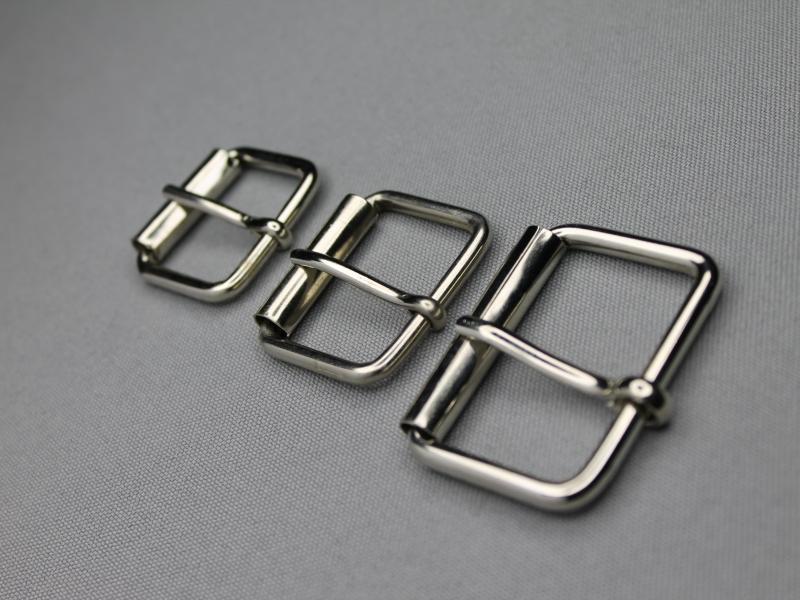 Metalen rolgespen