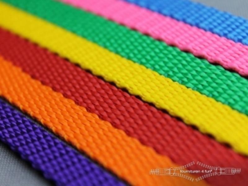 Halsbanden uni colour