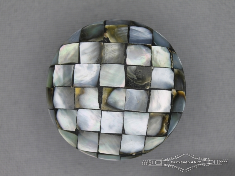 Parelmoer knopen mozaiek