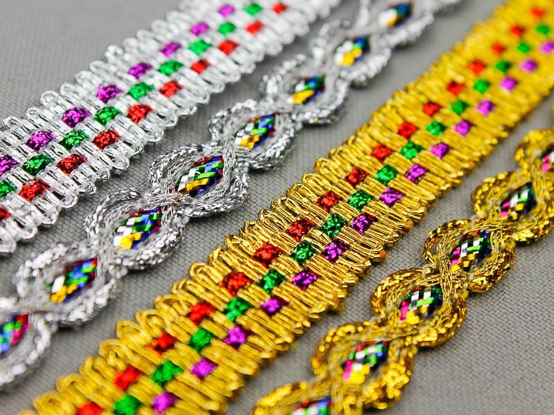 Nieuwe goud- en zilverband multicolor