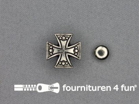 Spikes tempeliers kruis 15x15mm zilver