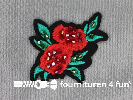 Applicatie met kralen / strass steentjes 75x62mm bloem