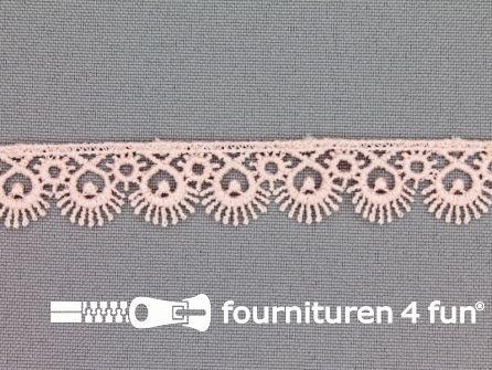 Nylon broderie 15mm heel licht roze
