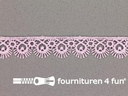 Nylon broderie 15mm lila