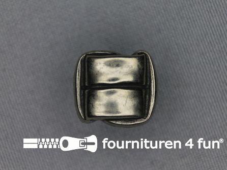 Zilveren knoop 20mm vierkant