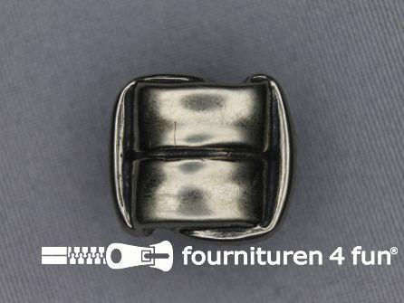Zilveren knoop 25mm vierkant