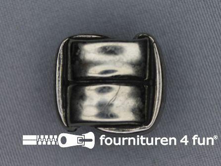Zilveren knoop 28mm vierkant