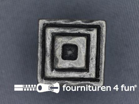 Zilveren knoop 18mm vierkantjes