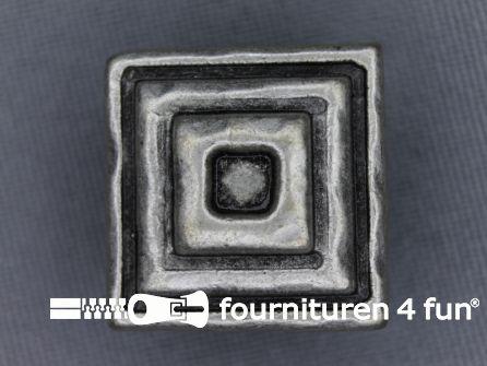 Zilveren knoop 21mm vierkantjes