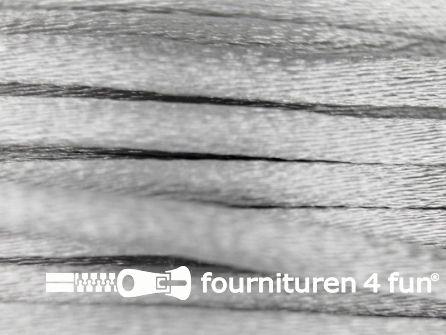 COUPON Glans koord 3mm licht grijs - 3 stukken, totaal 13,2 meter (3,9+5+4,3 meter)
