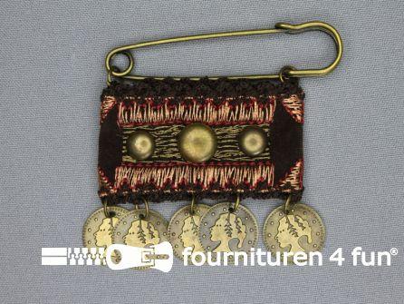 Kiltspeld corsage 70mm muntjes bordeaux rood