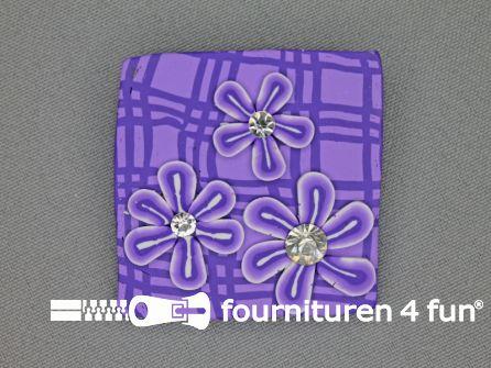 Trendy broche 45mm vierkant lila