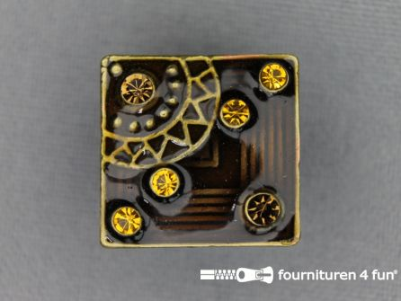 Strass stenen knoop 19mm vierkant donker bruin