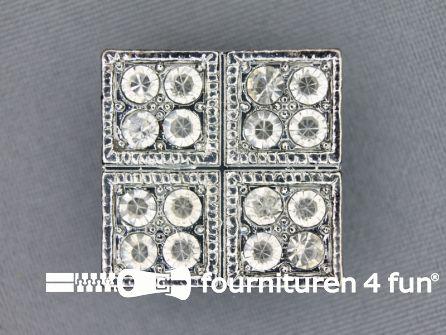Strass stenen knoop 25mm vierkant zilver