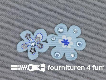 Brocante applicatie 17x32mm bloemen licht blauw