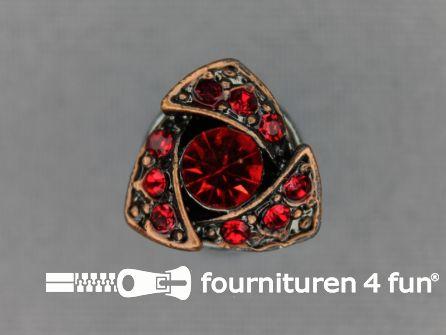 Strass stenen knoop 14mm driehoek rood