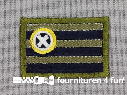 Applicatie 43x30mm vlag met kruis