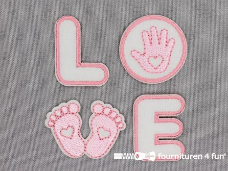 Applicatie set 'LOVE' baby roze