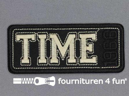 Applicatie 86x37mm Time 1966 zwart goud