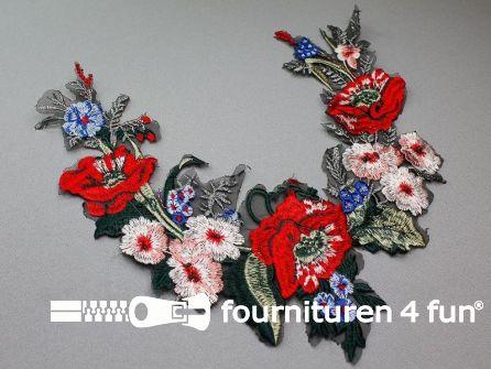 Opzet stuk voor hals / kraag  290x260mm bloem rood - blauw