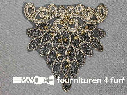 Opzet stuk voor hals / kraag  zwart goud 130x140mm