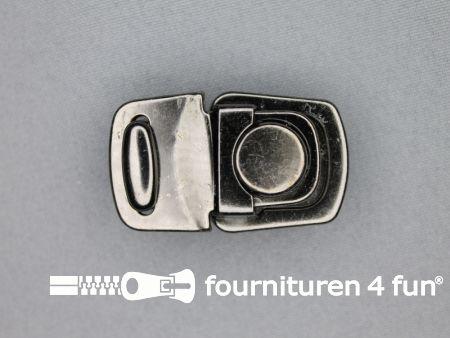 Koffer sluiting 27x44mm zwart zilver