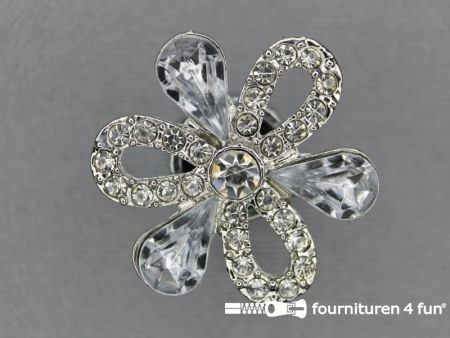 Strass stenen knoop 27mm bloem zilver
