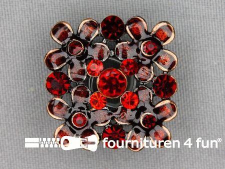 Strass stenen knoop 26mm vierkant bordeaux rood